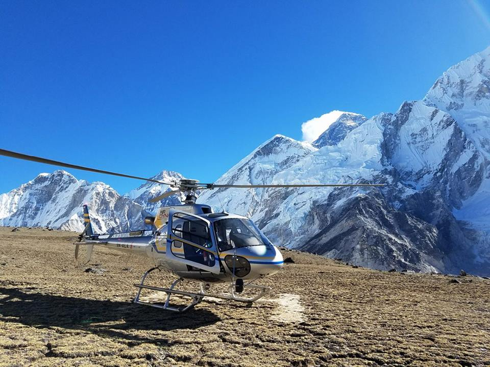 Everest Kalapathar Helicopter Landing